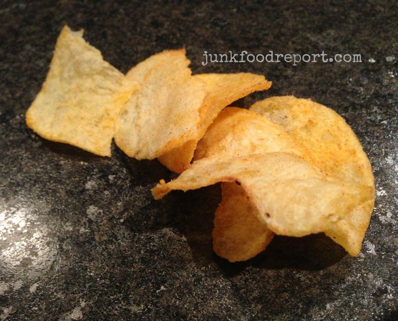 butter chicken chip closeup