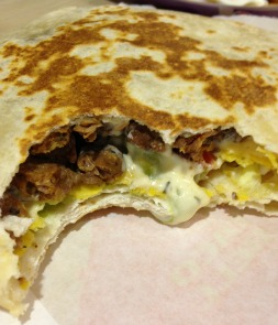 Review: Taco Bell Boss Crunchwrap