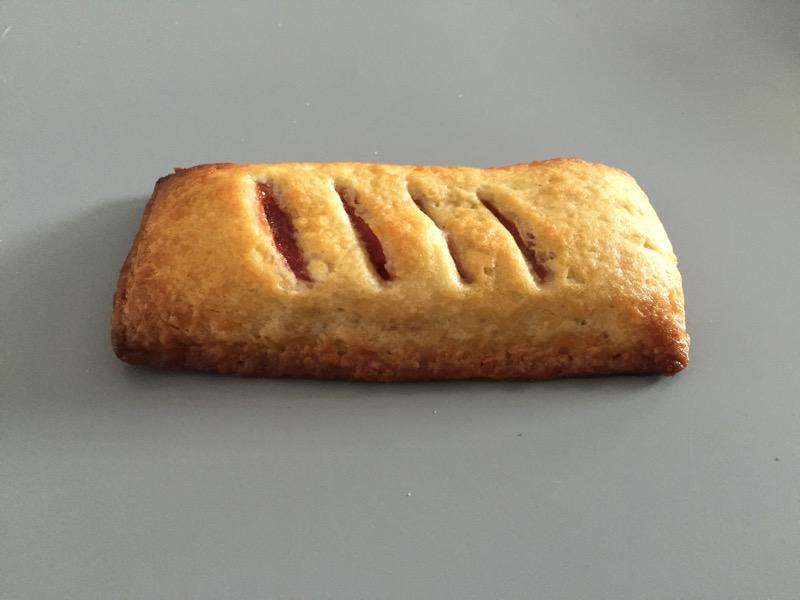 Review: McDonald's Strawberry-Rhubarb Pie